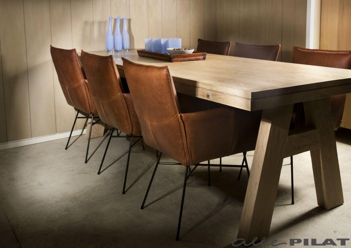 Comfortabele leren eetkamerstoel vasa woonwinkel alle pilat