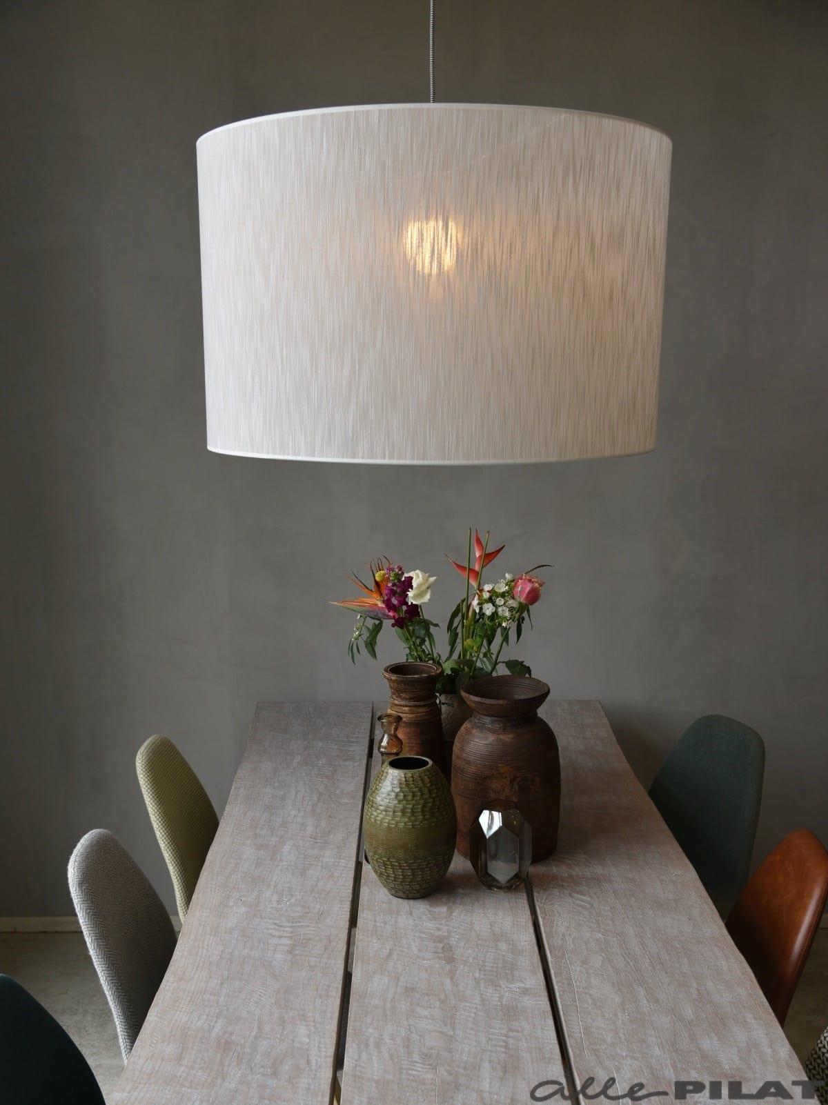 Top Grote ronde hanglamp Cil heeft een witte kap - Woonwinkel Alle Pilat GQ49