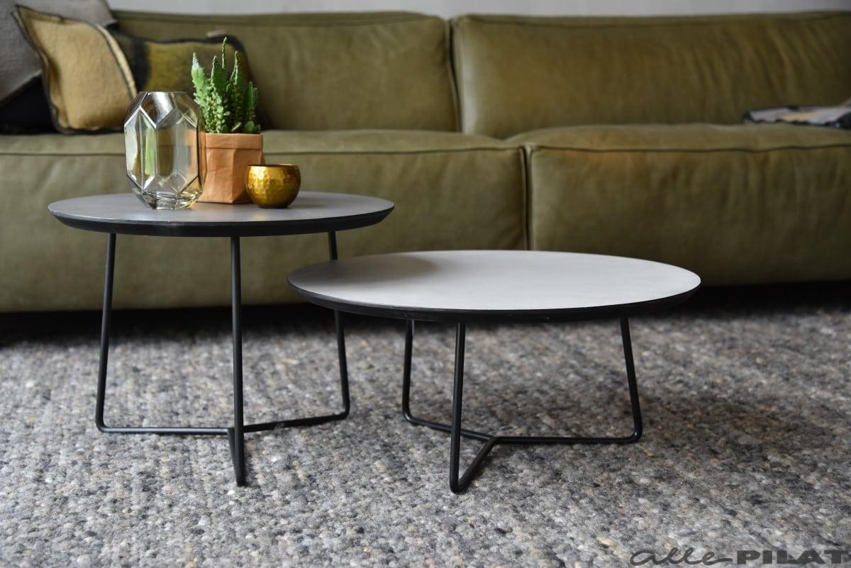 Ronde salontafel roy met een grijs beton ciré blad woonwinkel