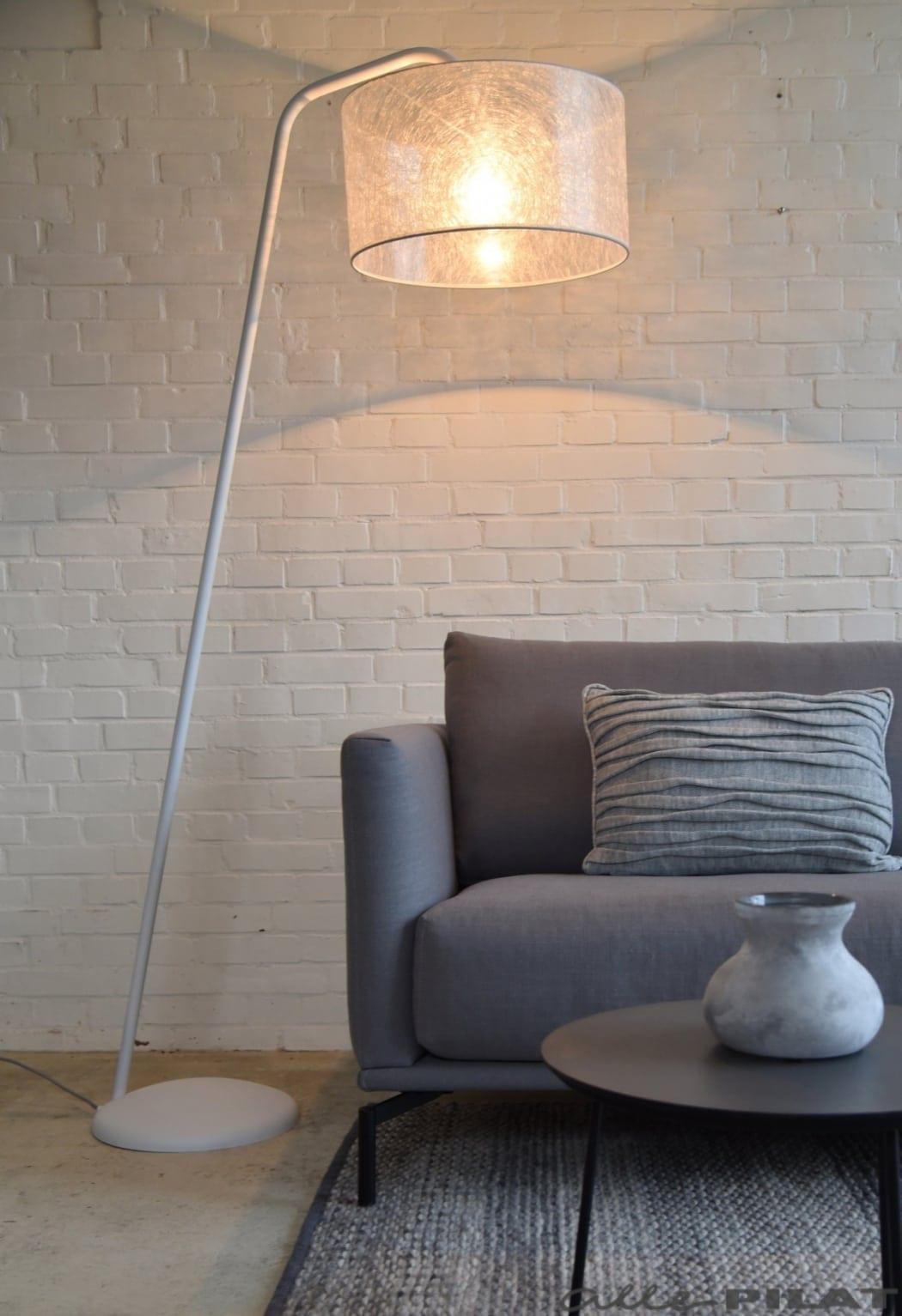 Witte vloerlamp Read