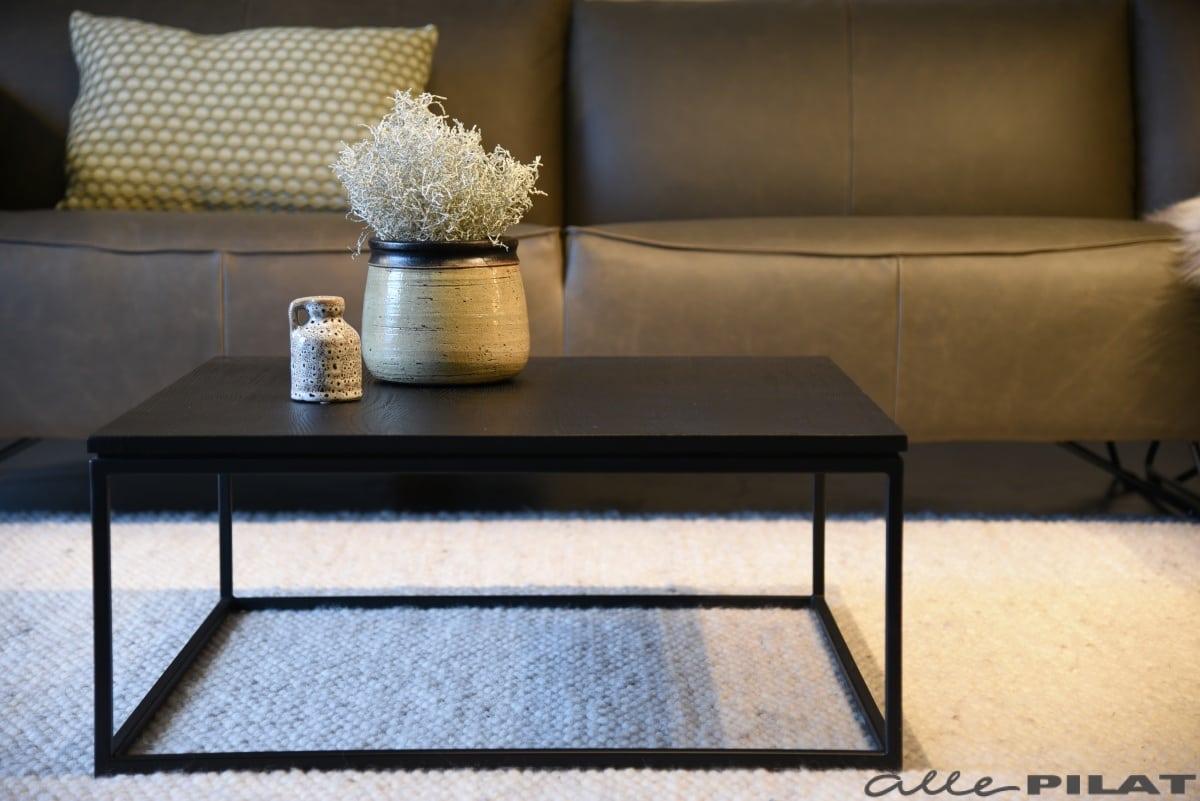 Mooie Salon Tafel.Zwarte Vierkante Salontafel Black Van Eikenhout Woonwinkel