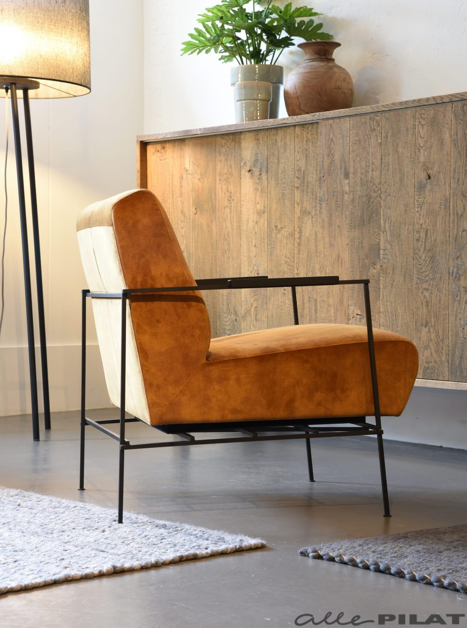 Leuke Design Fauteuil.Gele Fauteuil Boris In Velours Stof Met Zwart Frame Woonwinkel